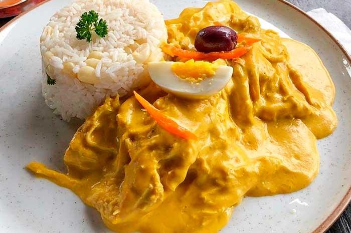 Peruaans eten: aji de gallina