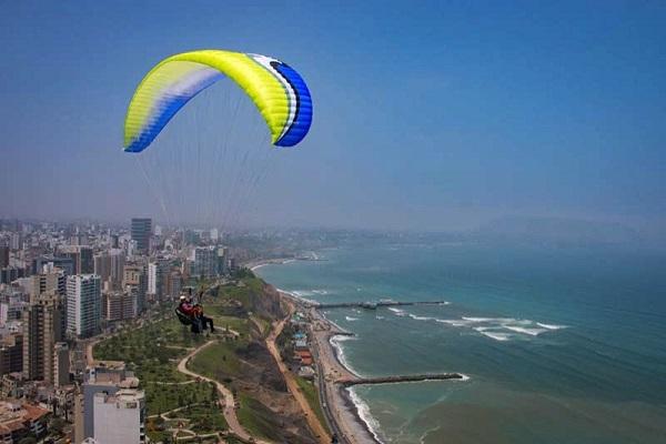 Paragliden in Lima